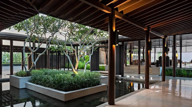 16 Best Eco-Friendly Hotels in the World: Marrying Eco-Friendly with Luxury 4